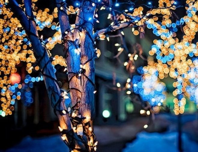 К выходным Самара засияет световым новогодним убранством