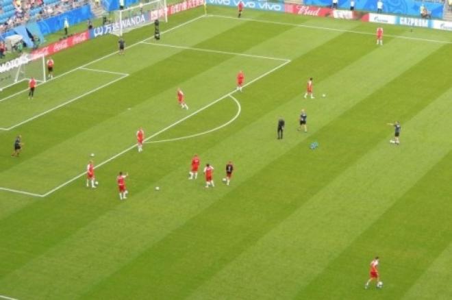 На поле стадиона «Самара Арена» началась разминка сборных Дании и Австралии