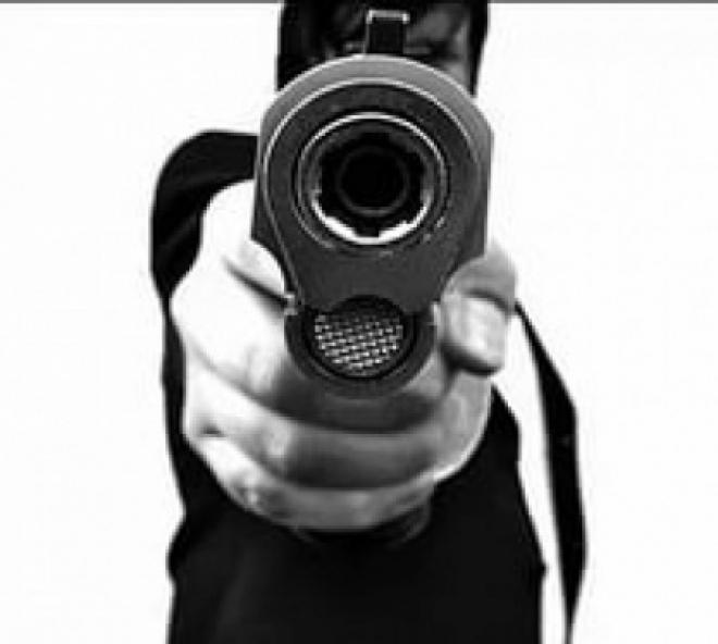 В Самаре мужчина получил выстрел в висок прямо на улице
