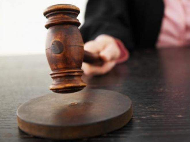 В Самаре осудили отца, оставившего беспомощного малыша в опасности
