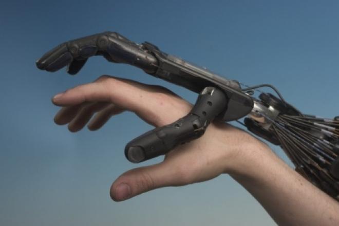 Самарские ученые разрабатывают «искусственную кожу» для робота