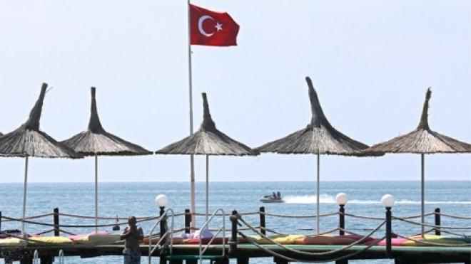 Для россиян продлен срок безвизового пребывания в Турции