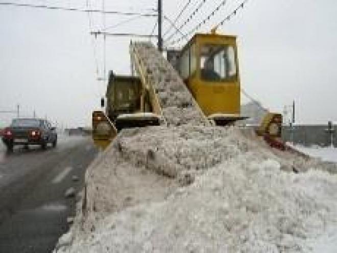 Из Самары вывозят тонны снега