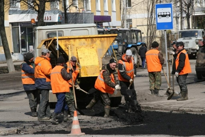 Закончили ремонтировать более 20 дорог в Самаре