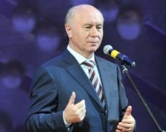 Губернатор области Николай Меркушкин вручил гранты девяти деятелям культуры и искусства