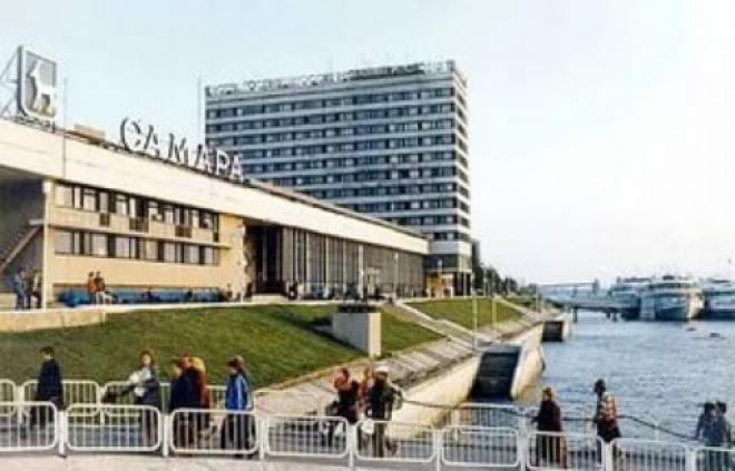 Самарский речной вокзал отгородят забором от Волги